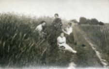 Studentki: Zofia Ostrowska, Jadwiga Rosińska, Cecylia Świderkówna, Helena Jezierska, 1919 r.