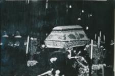 Pogrzeby zmarłych pracowników KUL : pogrzeb Anny Gintowt-Dziewartowskiej, długoletniej kierowniczki Biura Zarządu Głównego TP KUL, + 6.X.1967