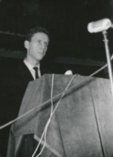 Z pobytu J. E. ks. Stefana kardynała Wyszyńskiego - Prymasa Polski na KUL-u - 15.V.1964 r. : przemówienie przedstawiciela młodzieży (M. Gierczyński)