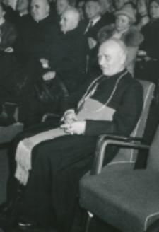 Z pobytu J. E. ks. Stefana kardynała Wyszyńskiego - Prymasa Polski na KUL-u - 15.V.1964 r. : Wielki Kanclerz KUL - ks. bp Kałwa
