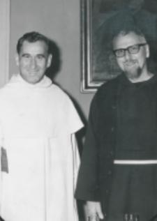 Wykłady dla duchowieństwa, 18-20.VIII.71 : o. P. Rywalski - generał zakonu oo. kapucynów z o. rektorem M.A. Krąpcem, 17.IX.1971