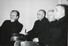 Uroczystość na KUL-u 50-lecia kapłaństwa ks. bpa Piotra Kałwy, 1969 r. : ks. doc. E. Kopeć, ks. prof. M. Rechowicz, ks. prof. S. Adamczyk, ks. prof. A. Petrani.