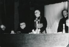 Wykłady dla duchowieństwa w latach 1965-1969 : przewodniczący Prezydium ks. bp. P. Kałwa