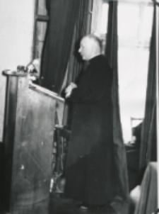 Wykłady dla duchowieństwa w latach 1965-1969 : Oprócz referatów wolne głosy.
