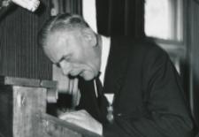 Inauguracja roku akad. 1969/70 : w imieniu TP KUL przemawia P. Godka - wiceprezes Oddziału Gdańskiego.