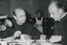 Wykłady dla duchowieństwa w latach 1965-1969 : W trakcie posiłków
