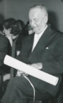 50-lecie Koła Polonistów Studentów KUL 1970 r. : dyplom dla wieloletniego kuratora Koła - prof. Czesława Zgorzelskiego