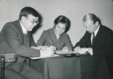 Ogólnopolskie Seminarium Studenckich Kół Naukowych Historyków 1969 r. : sekretarze obrad seminaryjnych