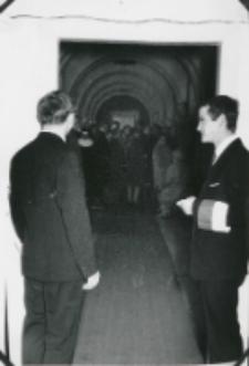 Opłatek - grudzień 1971 : służba porządkowa ZSP