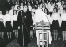 Opłatek - grudzień 1971 : po przemówieniu ks. kardynała K. Wojtyły