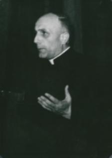 Sobór Watykański II, 23-25.VIII.1961 : uczestników i gości powitał J. M. prof. dr Marian Rechowicz