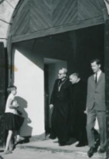 Ethos polskiego charakteru, 27-29. VIII. 1964 : w czasie przerw nastrój jest pogodny i pełen serdeczności
