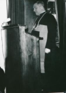 Sobór Watykański II, 23-25.VIII.1961 : dostojni prelegenci, J. E. ks. bp J. Jaroszewicz