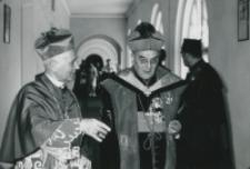 J. E. Ks. Bp Honore Marie Louis van Waeyenbergh w towarzystwie Wielkiego Kanclerza KUL