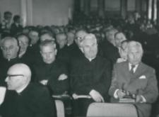 """Aula wypełniona słuchaczami. Jedyny """"Cywil"""" - Red. K. Turowski sprawozdawca Zeszytów Naukowych KUL"""