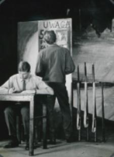 "Teatr Akademicki KUL : ""Moc i chwała"" G. Greene'a : [scena] na posterunku"
