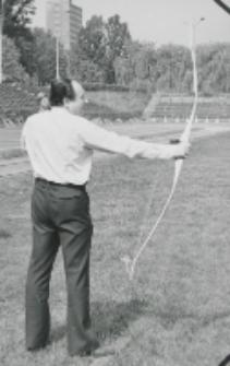 I konkurencja - strzelanie z łuku : II miejsce wywalczył prof. dr R. Orłowski.