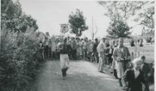 Juwenalia KULowskie [1958/59] : pochód wzbudza żywą sensację