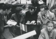 """Juwenalia KULowskie [1958/59] : """"jury"""" rzeczywiście miało roboty powyżej uszu"""