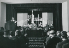 Inauguracja roku akademickiego 1965/1966 : Senat na podium