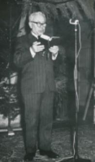 Opłatek na KUL - grudzień 1965 r. : ewangelię czyta red. K. Turowski