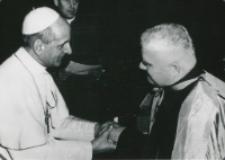 Ks. prof. Stanisław Łach u Ojca św. Pawła VI [w styczniu 1966 r.]