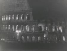 Jan Paweł II, Droga Krzyżowa w Koloseum, 5