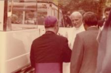 Jan Paweł II na KUL-u; 9 czerwca 1987 : zespół fotografii