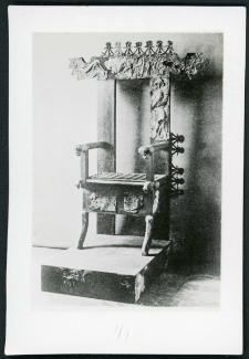 Rekonstruowany tron z Caere z Tomba Regulini-Galassi